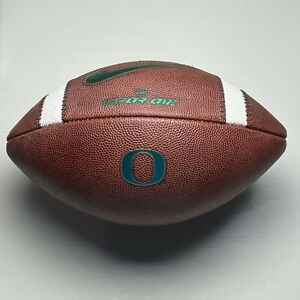 2020 Oregon Ducks Game Used Nike Vapor One NCAA Football - University - PAC 12