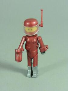 Space: Ramonda, Accessories Red