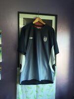 official England Umbro football training shirt - XL navy blue
