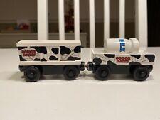 Thomas & Friends Wooden Railway Train Sodor Dairy Cow Car & Milk Barrel Car Set