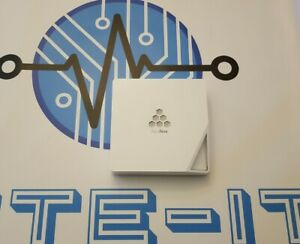 Aerohive Networks HiveAP 330 Wireless 802.11n Dual-Radio 3x3:3 PoE Access Point