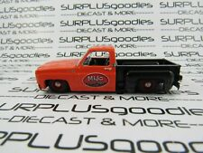 M2 Machines 1:64 LOOSE Custom 1979 CHEVROLET SILVERADO Squarebody SHOP TRUCK