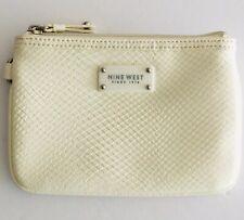 Nine West Wristlet White Textured Clutch Bag Purse With Zipper