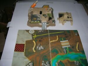 1996 Galoob Micro Machines Military Battle Zone Playset Substation Phoenix