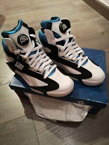 REEBOK Reebok Shaq Attaq Orlando EUR42 US9 sneakers White Black Azure