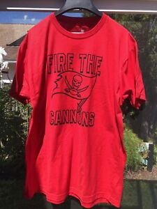 Tampa Bay Buccaneers Fire The Cannon Shirt size X-Large