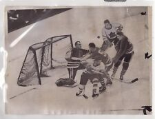 ORIGINAL 1956-57 NHL PRESS PHOTO CHICAGO BLACKHAWKS & TORONTO MAPLE LEAFS LOOK