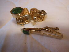 Vintage Matching wrap cufflinks & tie clasp with green stone goldtone cuff links