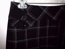 Ann Taylor Loft Skirt Black White Stretch Pleat  Size 8P  NWOT #M8