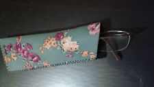 Beautiful flower  eye glasses case made of soft spongy material inside