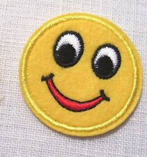 PATCH écusson APPLIQUE thermocollant  ** 4,5 cm ** ROND TÊTE SMILEY SOURIANTE