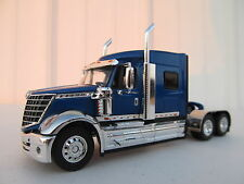 DCP 1/64 SCALE INTERNATIONAL LONESTAR BLUE (TRACTOR ONLY)
