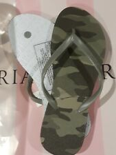 Victoria secret pink camo flip flops BRAND NEW SIZE medium 7/8
