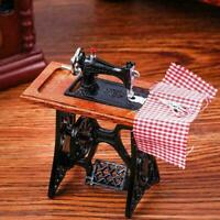Vintage Miniature Sewing Machine With Cloth for 1/12 Scale Dollhouse Decora C7X3