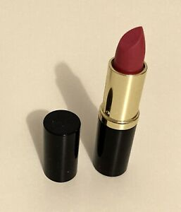 Estee Laudee pure colour lipstick - Candy - Shimmer - Brand New