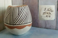 Vintage Stella Teller signed SMALL JAR Geometric Tiwa Pueblo Isleta New Mexico