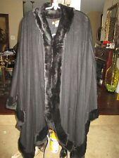 GORGEOUS LORO PIANA BLACK CASHMERE GENUINE FUR TRIM LARGE CAPE, MADE IN ITALY