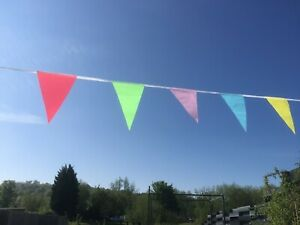 Carnival bunting bright multi-coloured triangular fabric 11m 40 Flags 1st Class