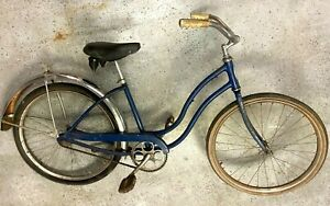Vintage Schwinn step-thru bike with rear fender Messenger saddle 20 inch wheels