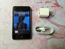 Apple iPod Touch 3rd Generation 32 GB MP3 Music Player 8931 songs MC008LL