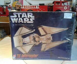 AMT Ertl Star Wars Tie Intercepor Plastic model kit New in Box