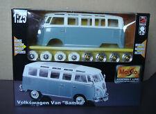 VW Microbus Volkswagen Van Die-Cast Metal 1:25 Scale Transporter Factory Sealed