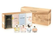 Marc Jacobs Daisy Miniatures Collection Gift Set For Her