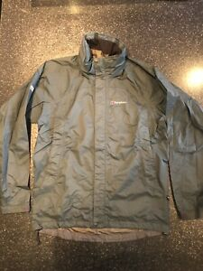 berghaus goretex jacket medium