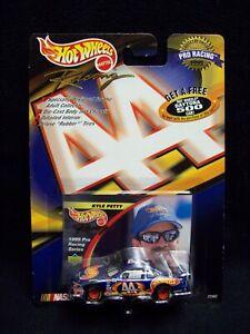 Hot Wheels Pro Racing 1998 Kyle Petty Nascar.