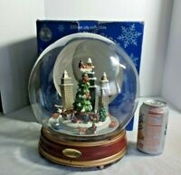 Large City Christmas Musical Globe Santa with cars Motion lights and music