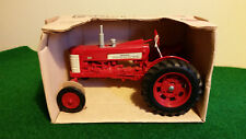 1/16 International Farmall 350 Tractor...NIB
