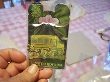 2007 DISNEY PIN MICKEY MOUSE Goofy School Bus Limited Edition