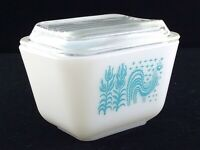 Vintage Pyrex Amish Butterprint Refrigerator Dish 501 B 1 1/2 Cup With Lid T934