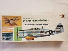 Hawk 212-200 Republic P-47D Thunderbolt Chrome Plated 1:48 Neu, nicht eingetütet