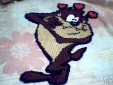 VALENTINE DEVIL  WALL HANGING IN PLASTIC CANVAS