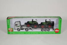 Siku SK1840 Low Loader with Fendt Tractors, 1:87 Scale.