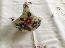Ancien panier vide poche en céramique signé PUGI