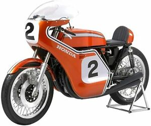 """TAMIYA 1/6 HONDA CB750 RACING  """"Collectors Club Special"""" 23210 Completed Product"""
