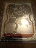 2020 Prizm #328 Clyde Edwards-Helaire Black & White Rookie RC PSA 9 or 10?