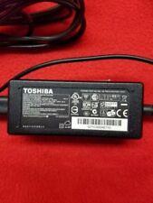 Genuine Toshiba 19V 1.58A Adapter Power Supply Charger NB505 NB255 PA3743U-1ACA