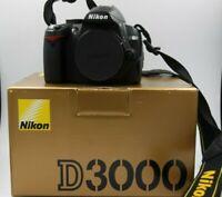 Nikon D3000 fotocamera digitale reflex macchina fotografica solo 2900 scatti