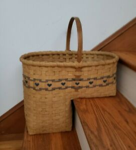Vintage Stair Step Basket with Wood Handle Blue Heart Country Decor