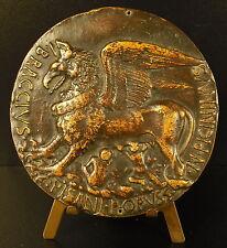 Médaille Griffon femelle allaitant 2 enfants sc Pisanello Antonio Pisano medal