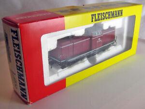 Fleischmann 4230 HO Germany Diesel Locomotive DB 212-380-0
