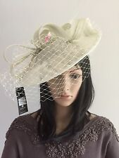 FAILSWORTH VERY PALE MINT GREEN WEDDING HAT DISC FASCINATOR MOTHER OF THE BRIDE