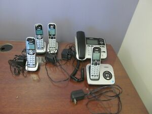 Uniden D1688-2 Dect 6.0 Phone Answering System, plus 4 Bases & Handsets UNTESTED