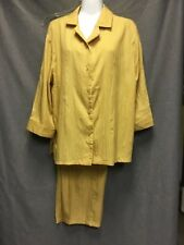 Ladies lightweight silky crinkles blouse and pant set. size SP