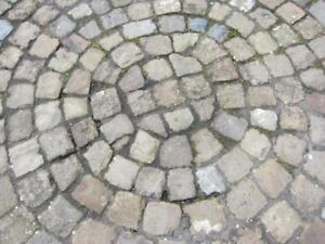 Historisches Bauernpflaster, Naturstein, Lavabasalt, Sandstein, Grauwacke,