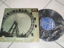 disco 33 giri WALTZING WITH JOHANN STRAUSS RADIO VIENNA minigrove philips 10300