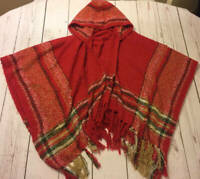Simply Noelle Hooded ComfyCozy Cape Fringed Poncho Wrap Sweater Red Tan Black OS